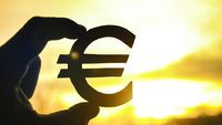 What should Bulgaria expect from the euro?