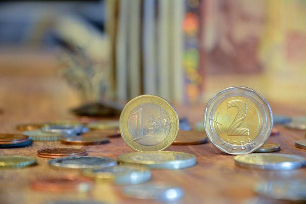 Bulgaria enters final miles of road to euro area