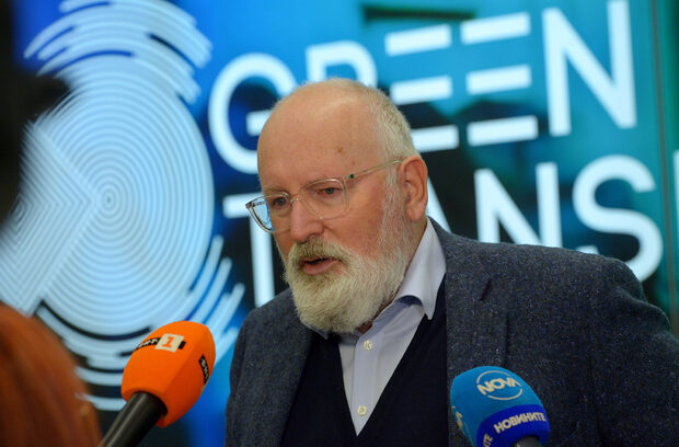 The day in 3 news: Brussels may back Sofia over Belene: Timmermans, Health Inspector proposes green certificates, Farm subsidies hinge on environmental pledges