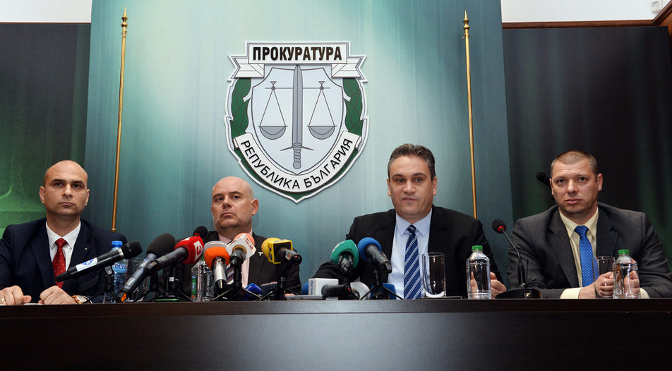 Тhe Special Prosecutor Ivan Geshev (second from the left) and the chairman of the anti-corruption Plamen Georgiev (second from the right) are the main driving force behind the recent string of arrests and tax evasion charges