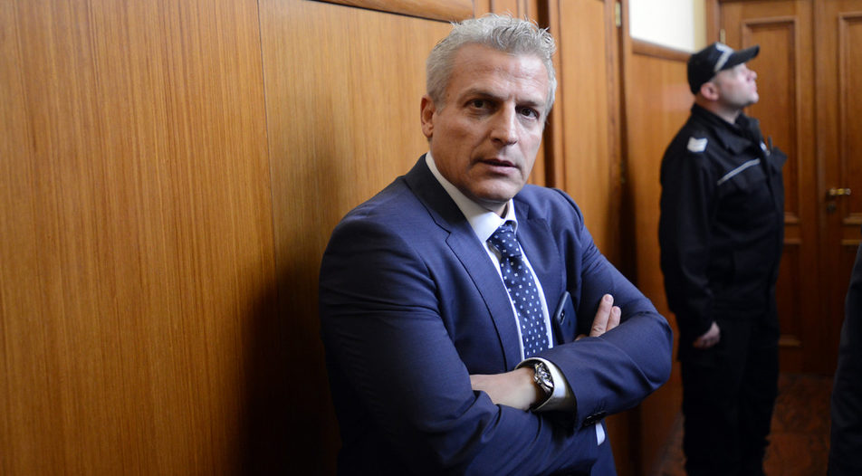 Former minister Petar Moskov refused to leave Mr Borissov's government in 2016 with his DSB party colleagues, who protested over the derailed reform of Bulgaria's judicial system. Now he could help him again
