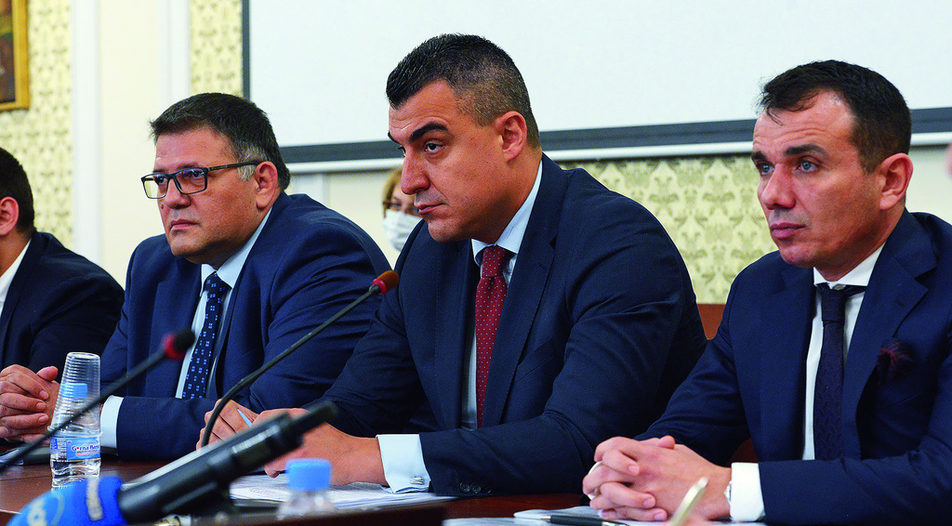 Panayot Filipov (right), Nikolay Dimitrov (center), Zhivko Todorov (left)