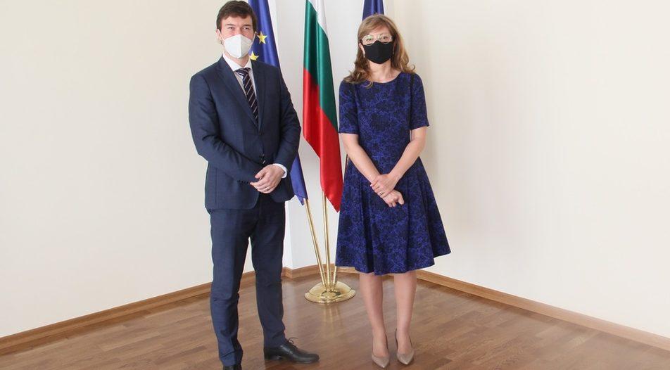 Bulgarian Minister of Foreign Affairs Ekaterina Zaharieva and Czech ambassador Lukas Kautsky