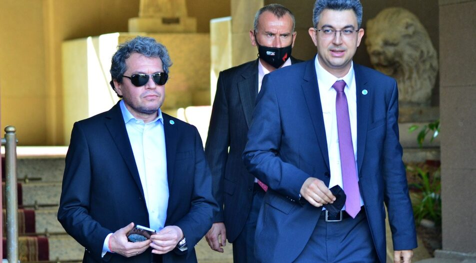"""Plamen Nikolov (right) withdrew his nomination for Prime Minister even before it was voted in Parliament on Wednesday, citing """"personal reasons"""""""